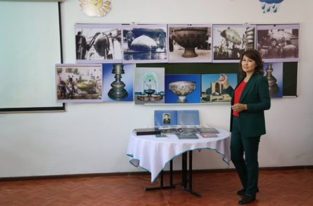 """The exhibition """"Returned sculpture"""" continues in the city schools"""