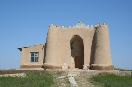 Mausoleum of Imam Marcozy