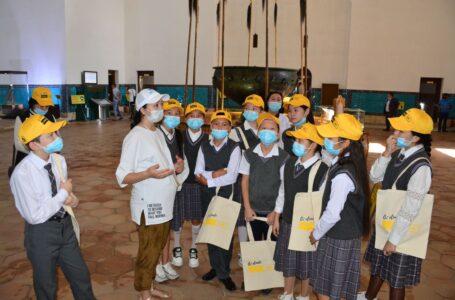 Schoolchildren got acquainted with historical exhibits