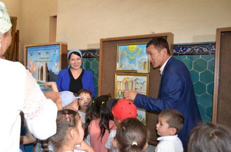 В заповеднике-музее «Азрет Султан»  прошла выставка «Священный город – глазами детей»