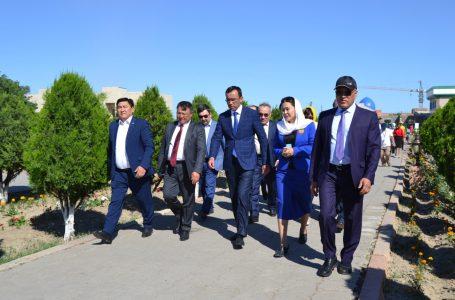 Республиканский штаб Касым-Жомарта Токаева побывал в мавзолее Ходжи Ахмеда Ясави