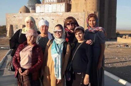 Туркестан посетила группа туристов из Кыргызстана