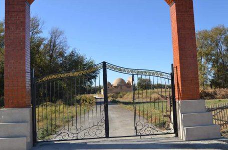 На территории мавзолея Жусип Ата были проведены благоустройственные работы