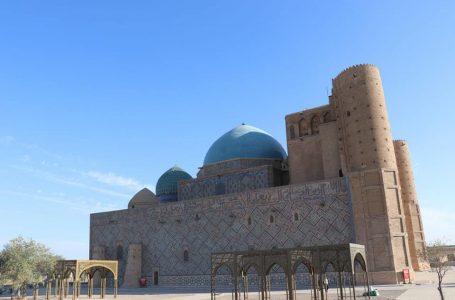 Ученые Казахского научно-исследовательского института строительства и архитектуры проводят исследования и анализ мавзолея Ходжи Ахмеда Ясави