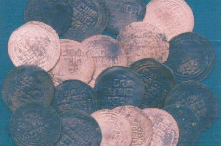 Клад медных посеребренных монет Отрара из местности Курусай Чаянского района Туркестанской области