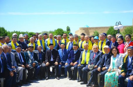 Республикалық қоғамдық штаб Түркістандағы шығармашылық интеллигенция өкілдерімен жүздесті